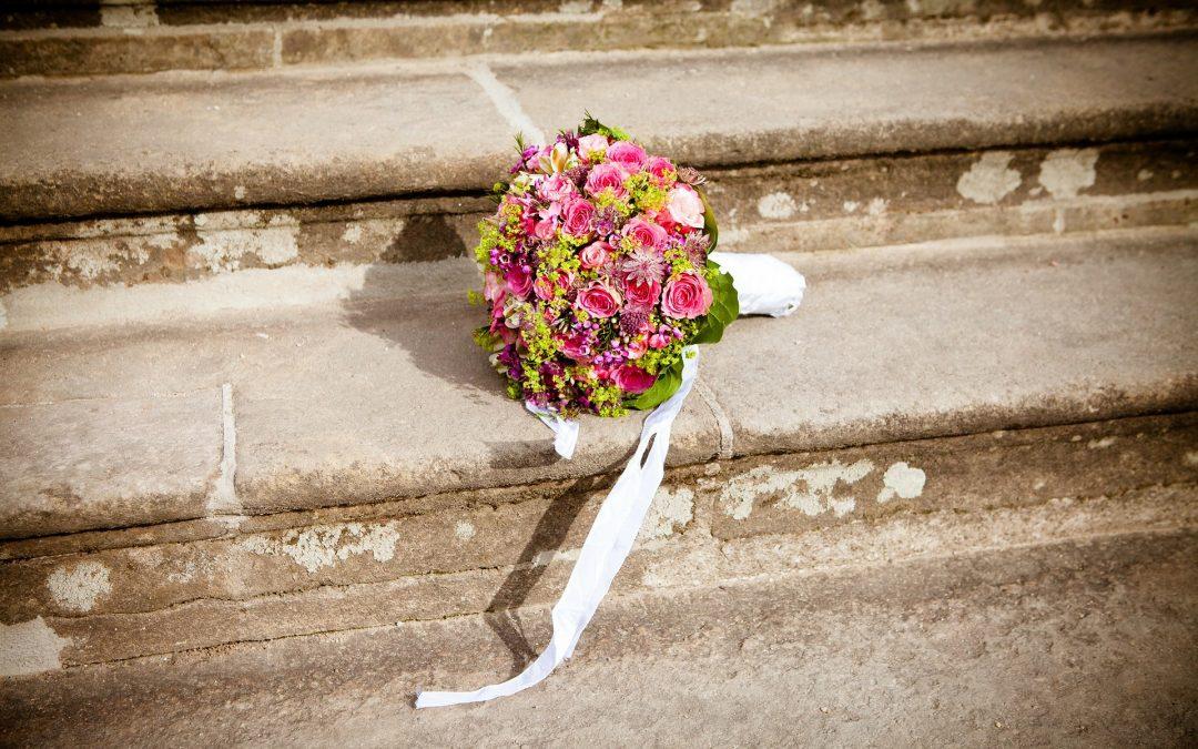¿Por qué las novias llevan un ramo de flores?
